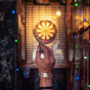 Rzutki do darta - jaki model wybrać Poznaj najpopularniejsze rodzaje!